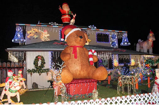 on the windward side of oahu is christmas lane on nmoku street in kaneohe you will witness everything from teddy bears and nutcrackers to angry birds