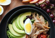 Avocado-and-egg-green-salad