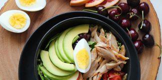 Avocado-and-egg-green-salad