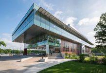 Oakton Community College Lee Center building