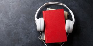 books and headphones | does listening to music help you study