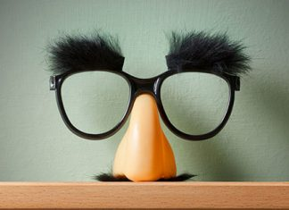 funny disguise glasses | 3 meditation myths