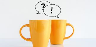 2 mugs with speech bubbles above | healthy relationship quiz