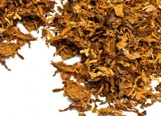 Loose tobacco leaves
